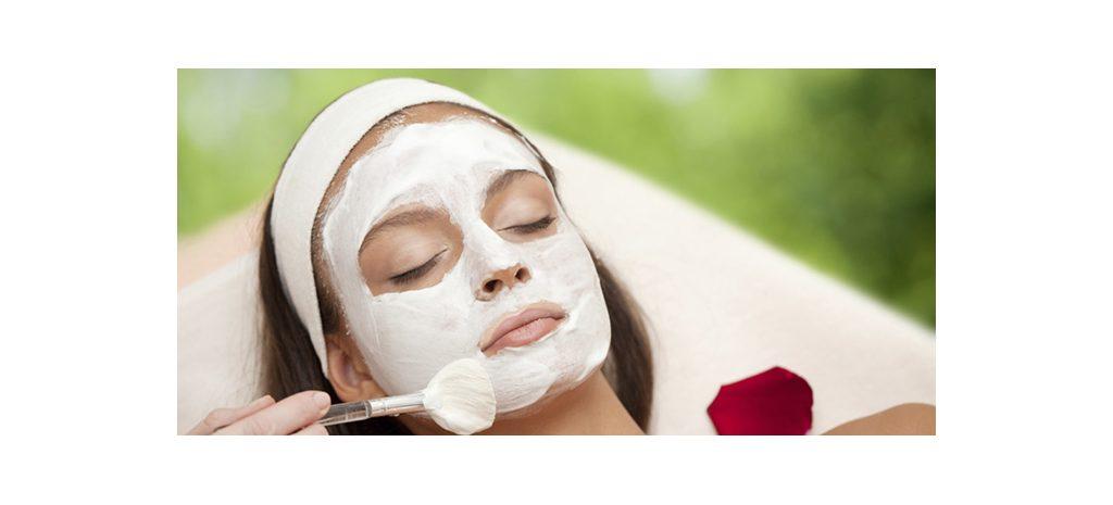 Вжух — и красотка: 9 масок для лица с мгновенным эффектом