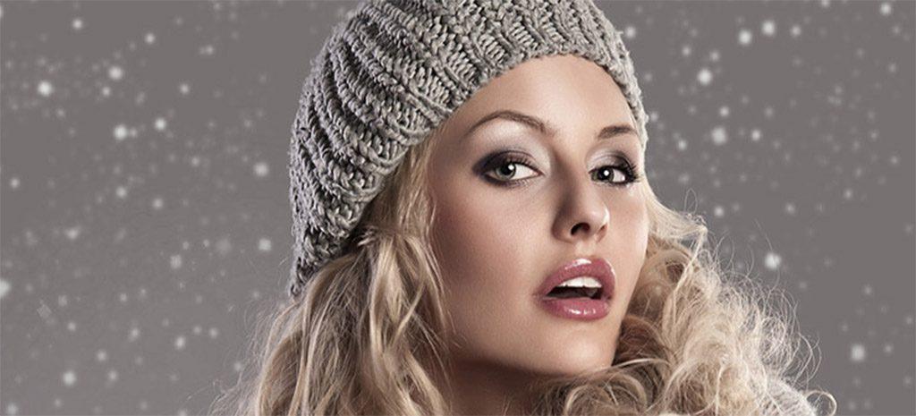 10 простых причесок под шапку на длинные и средние волосы