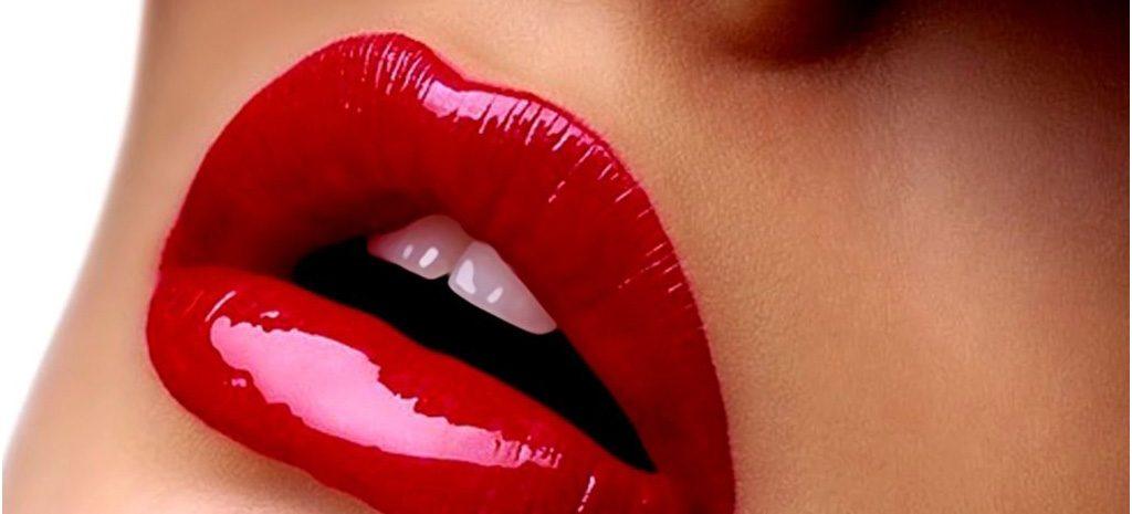 Накрасить губы красной помадой: как сделать это идеально?