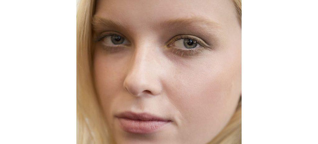 Как подобрать основу под макияж для сухой кожи?